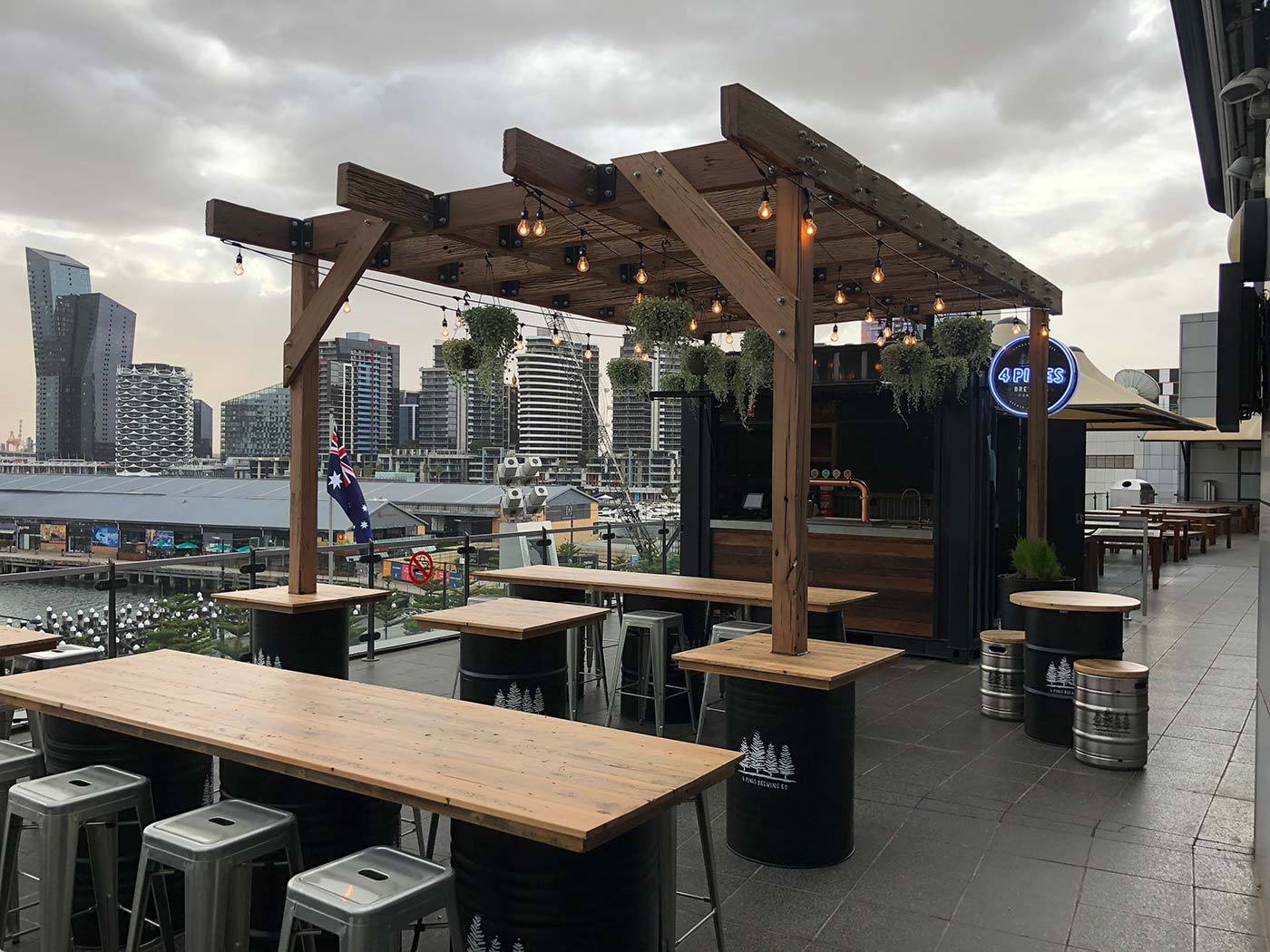 4-Pines-10ft-Shipping-Container-Bar-Conversion-4108