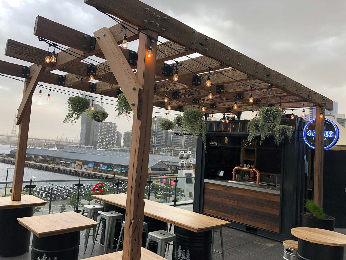 4-Pines-10ft-Shipping-Container-Bar-Conversion-4110