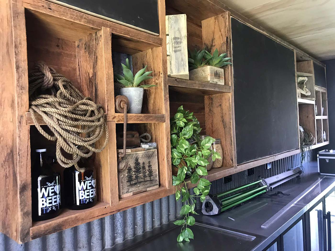 4-Pines-20ft-Shipping-Container-Bar-Conversion-1