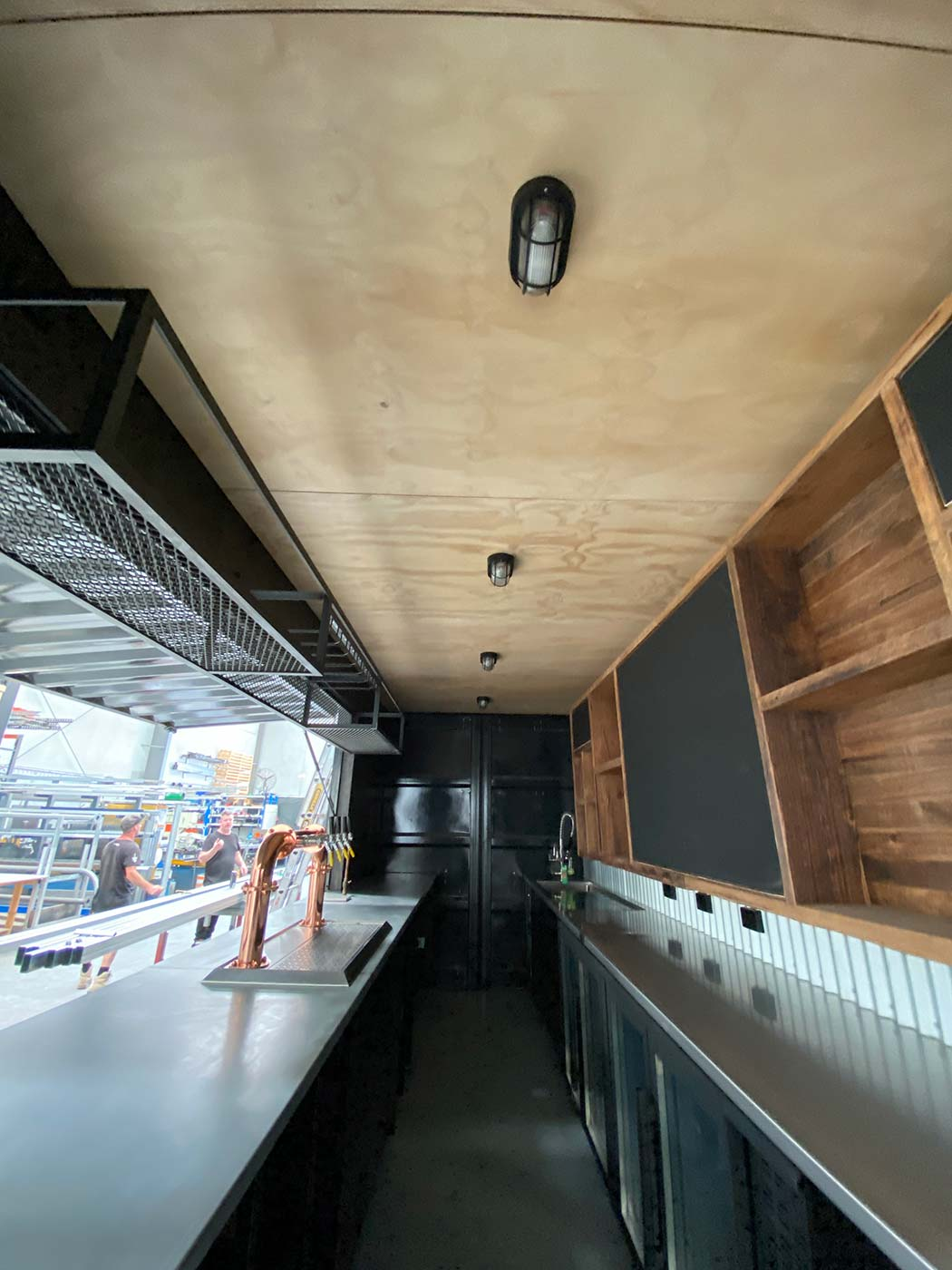 4-Pines-20ft-Shipping-Container-Bar-Conversion-3