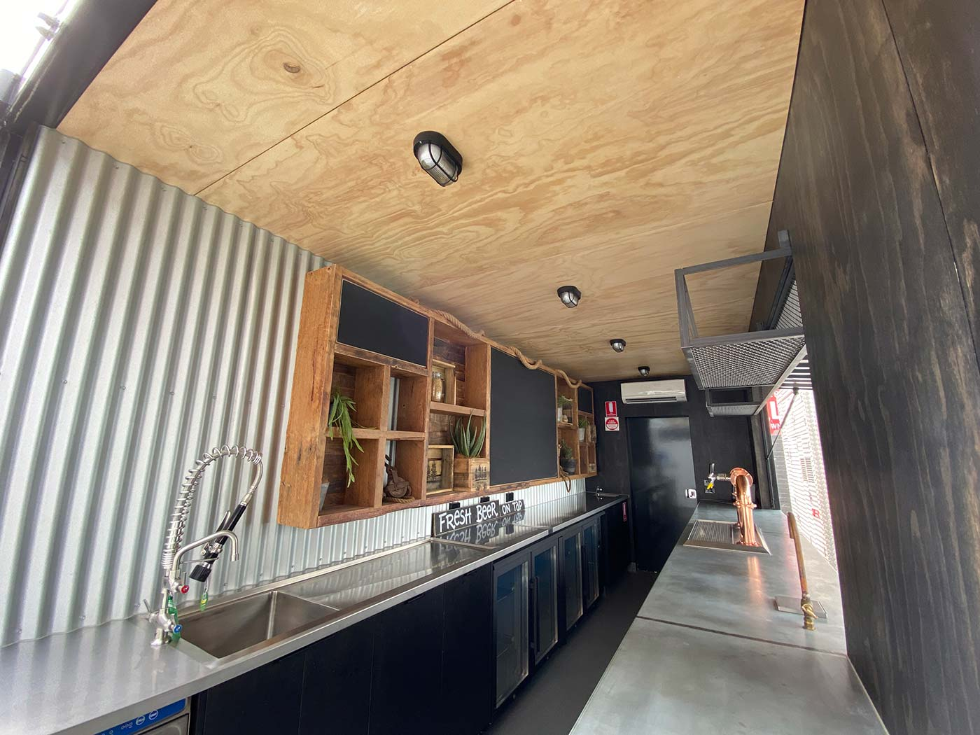 4-Pines-20ft-Shipping-Container-Bar-Conversion-6