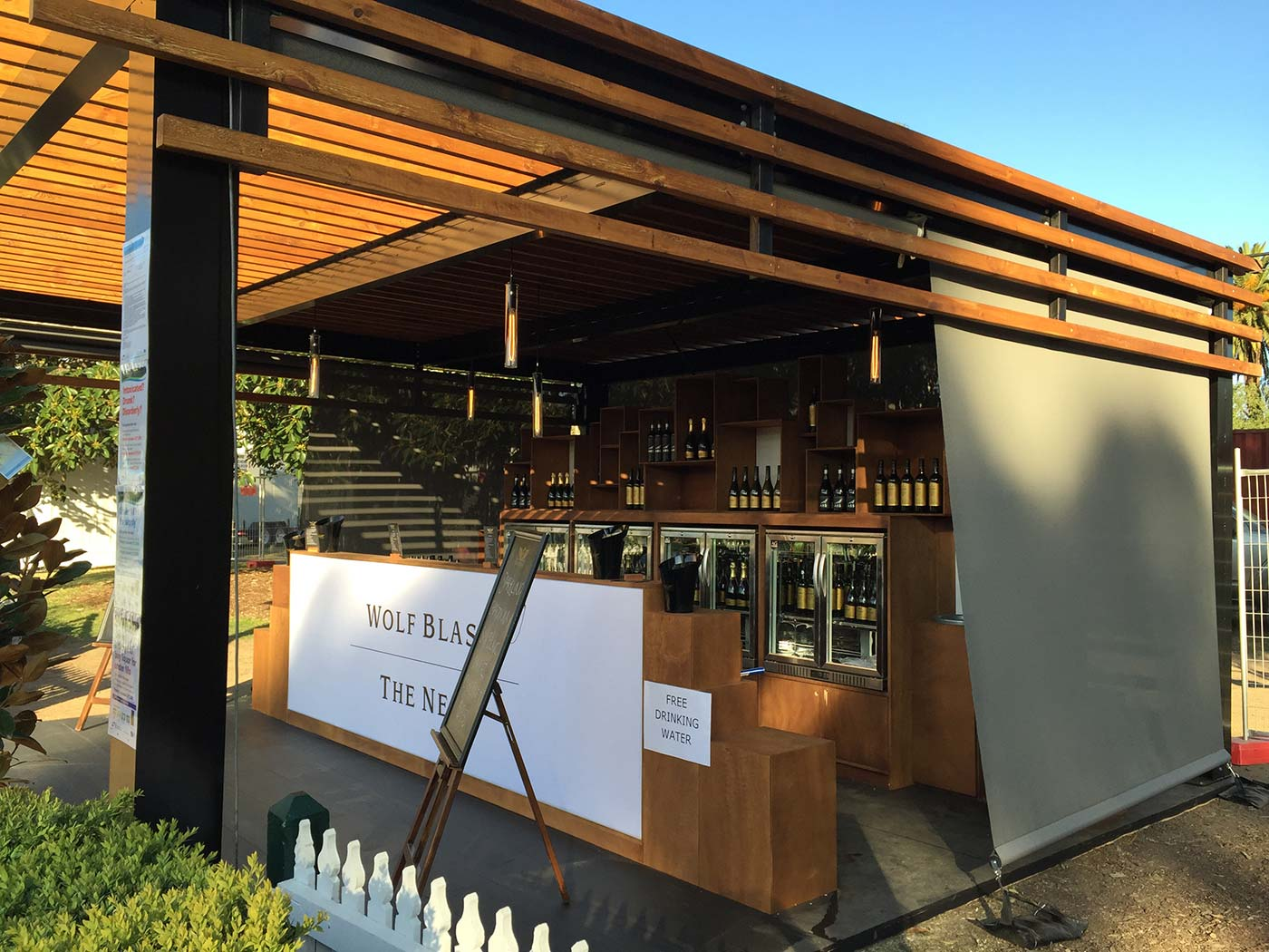 Wolf-Blass-The-Nest-Shipping-Container-Bar-5