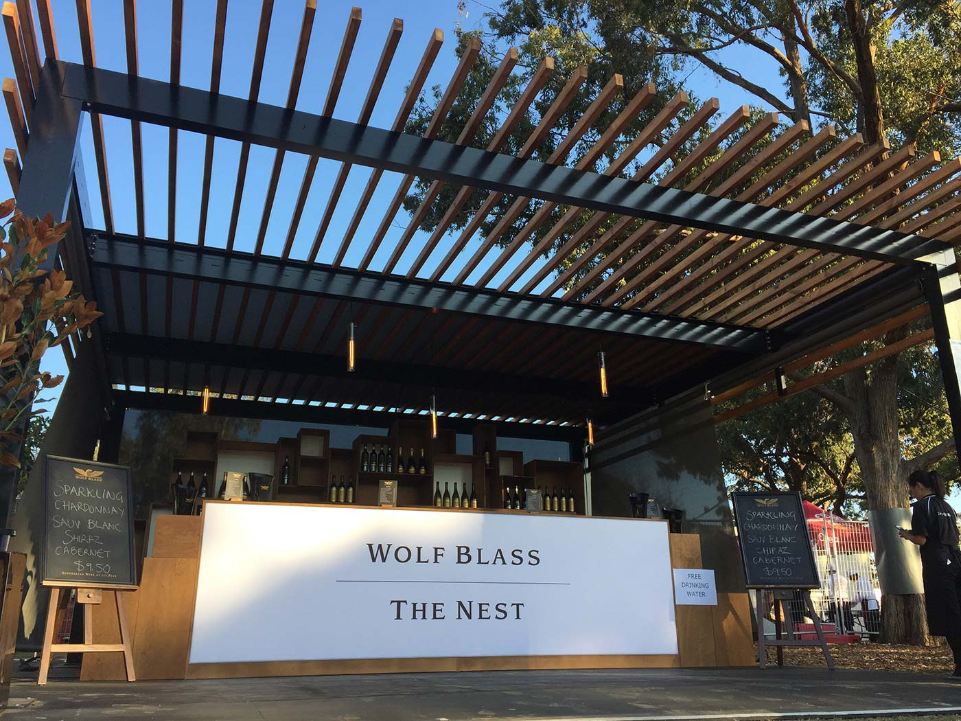 Wolf-Blass-The-Nest-Shipping-Container-Bar-6